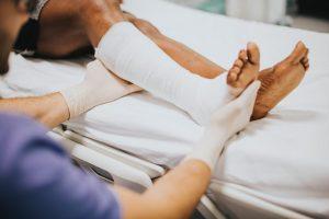 Orthopedic Surgeon in Thousand Oaks